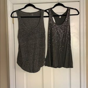 2 Old Navy Gray tanks size M